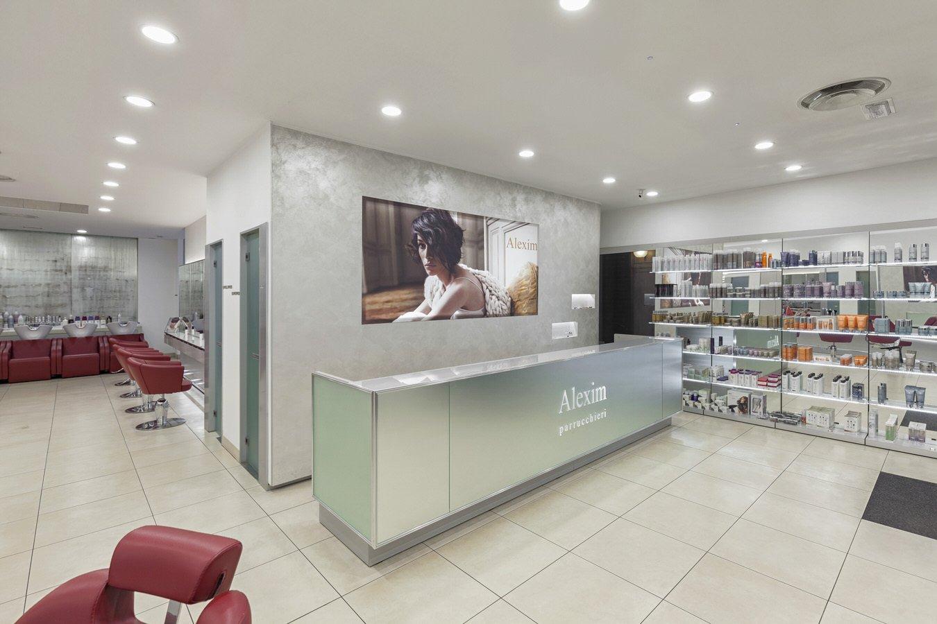 parrucchiere-alexim-via-giuseppe-mazzini-16-milano-ingresso
