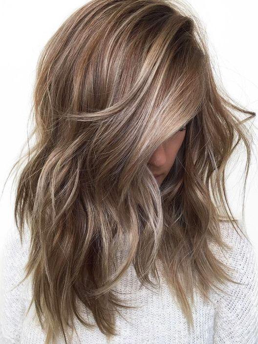 beige hair, capelli beige