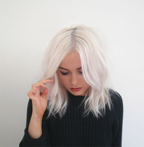 ghosted hair 2018, capelli platino 2018