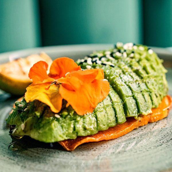 dove mangiare avocado a milano