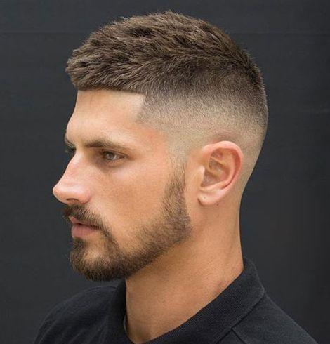 capelli corti uomo