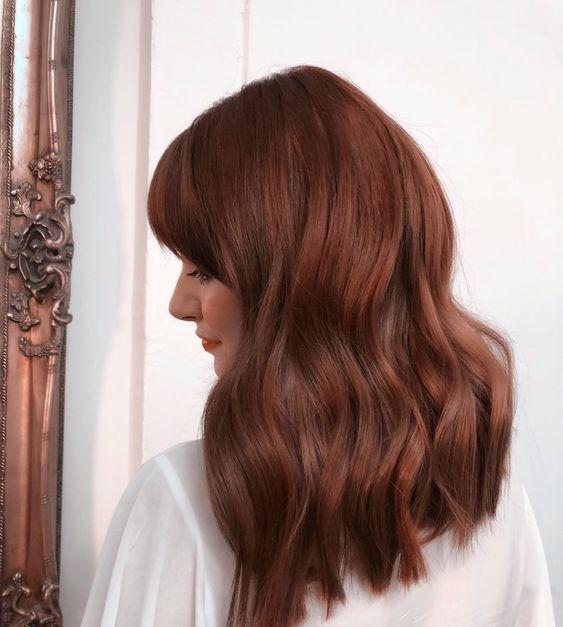capelli color mogano