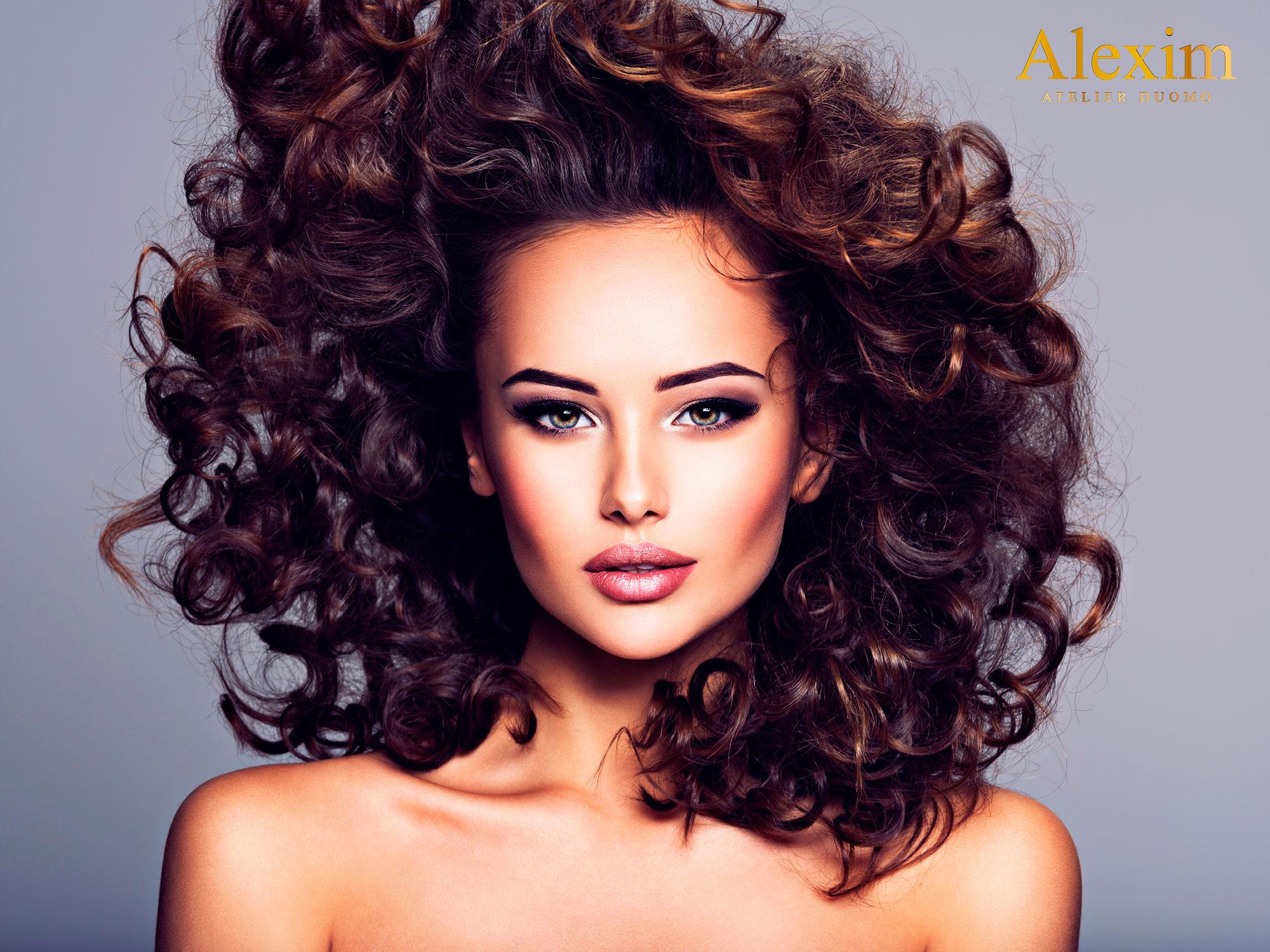 tagli capelli ricci 2020