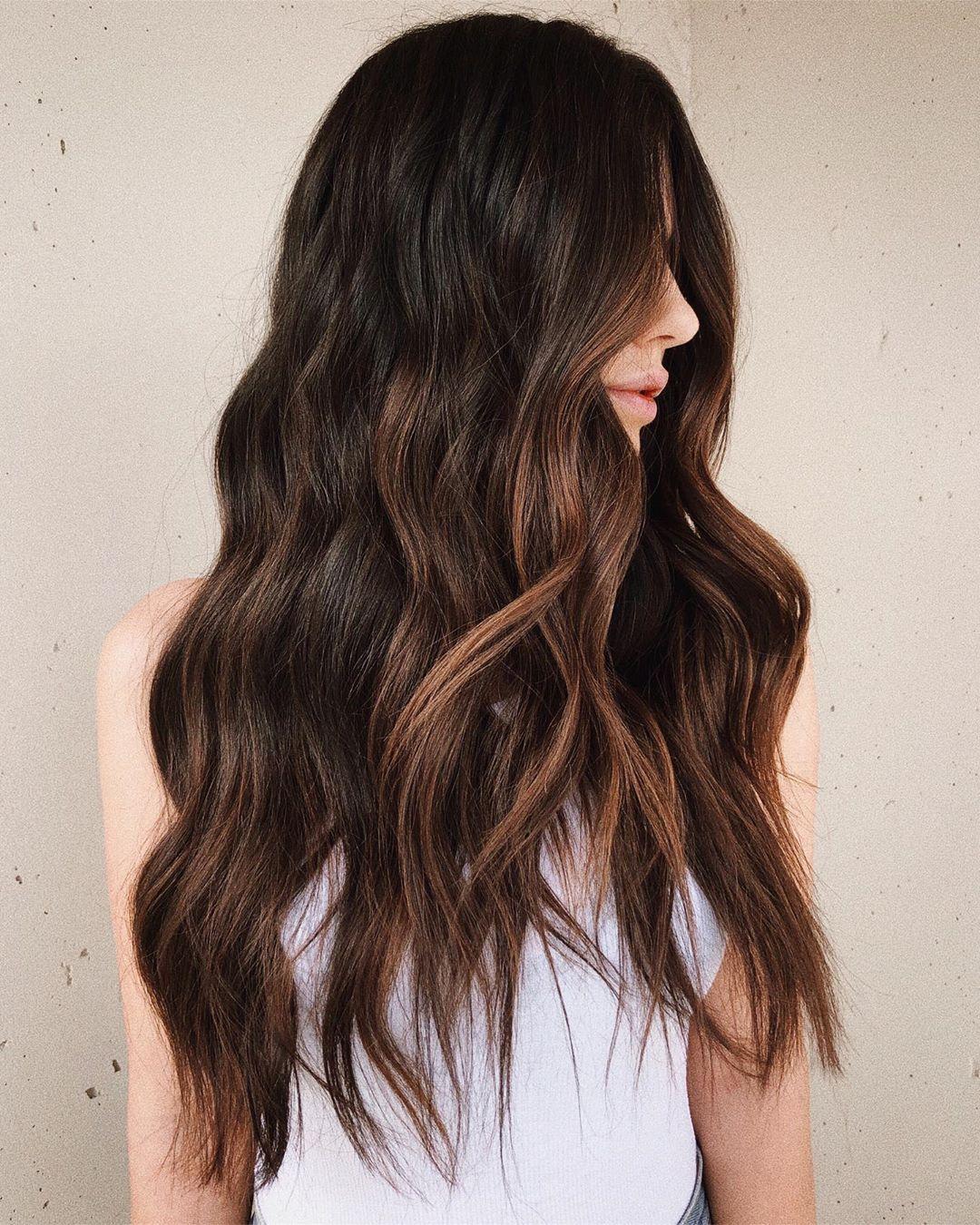 capelli castani estate 2020
