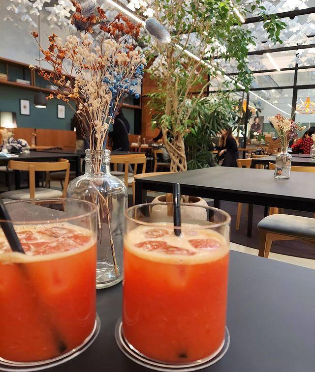 aperitivo all'aperto a milano